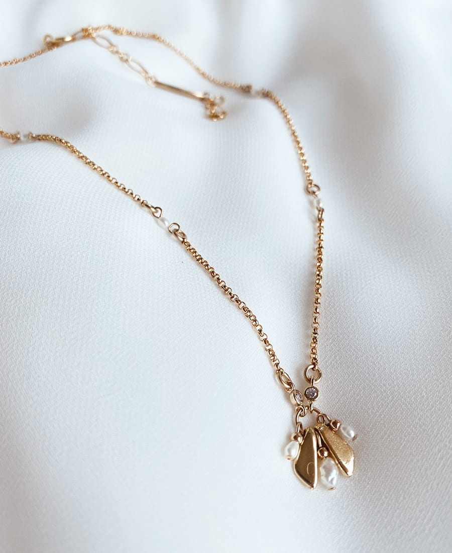 שרשרת לוטוס עשויה גולדפילד, אלמנטים
