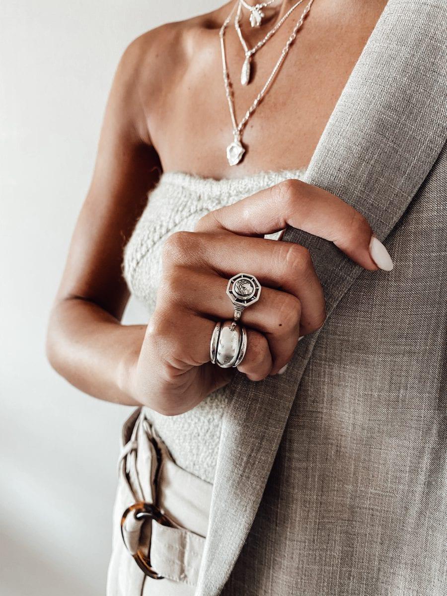 טבעת נור עשויה כסף 925