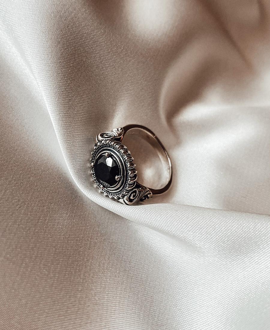 טבעת כסף זירקון שחור