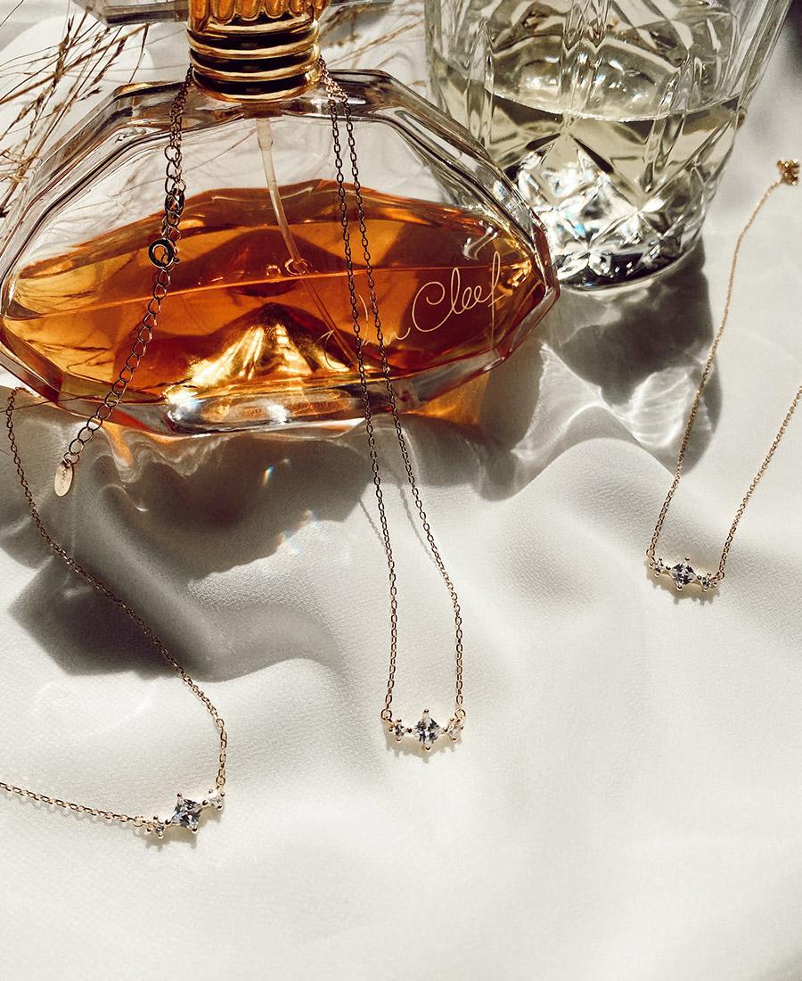 שרשרת ויקי מכסף 925 בציפוי זהב ובשילוב זירקונים