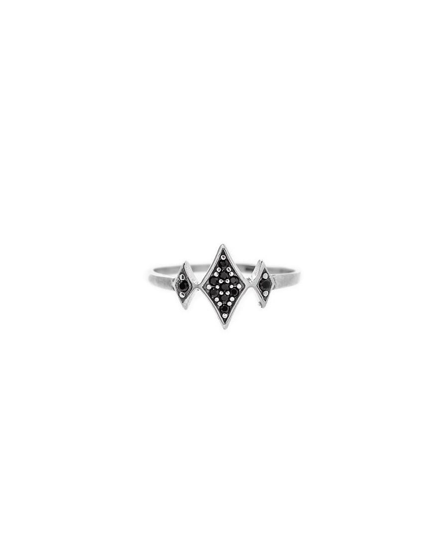 טבעת כסף בשילוב זרקונים