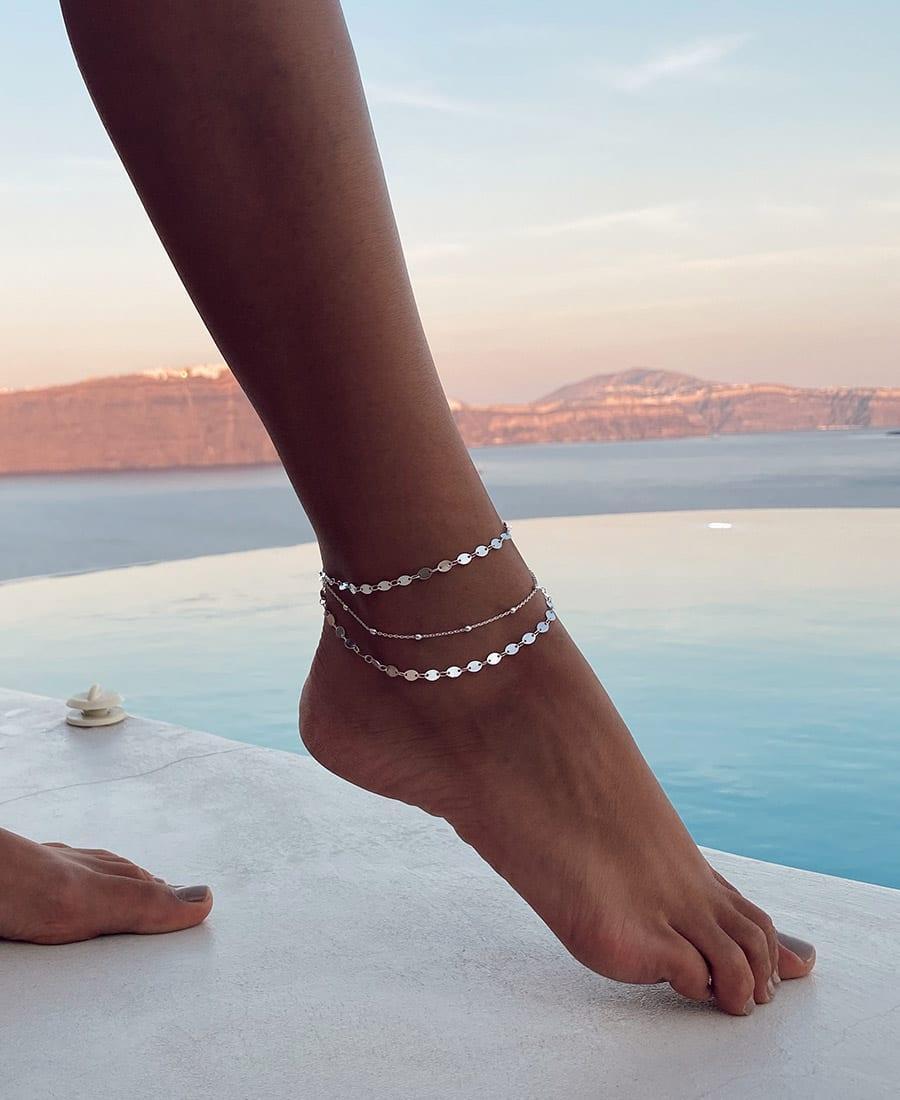 צמיד רגל טריו עשוי משלוש שרשראות כסף