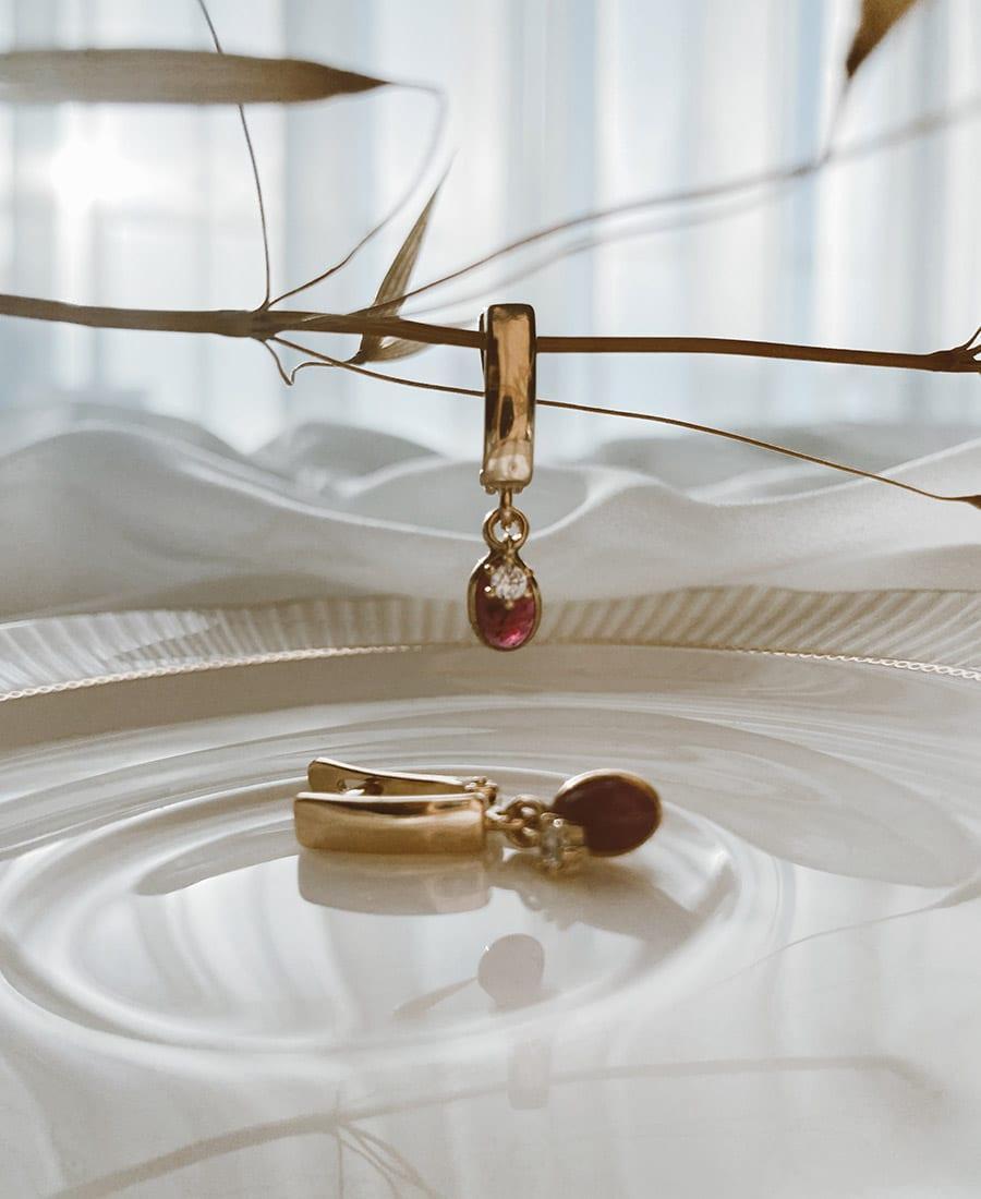 זוג עגילי לין עשויים ציפוי זהב