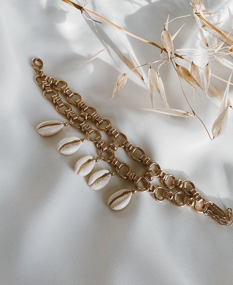 צמיד ריילי עשוי שתי שכבות של שרשראות