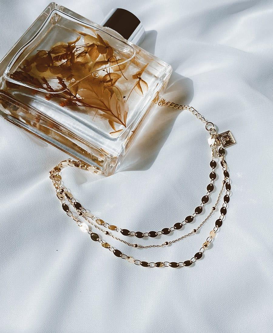 צמיד טריו זהב עשוי משלוש שרשראות מצופות זהב