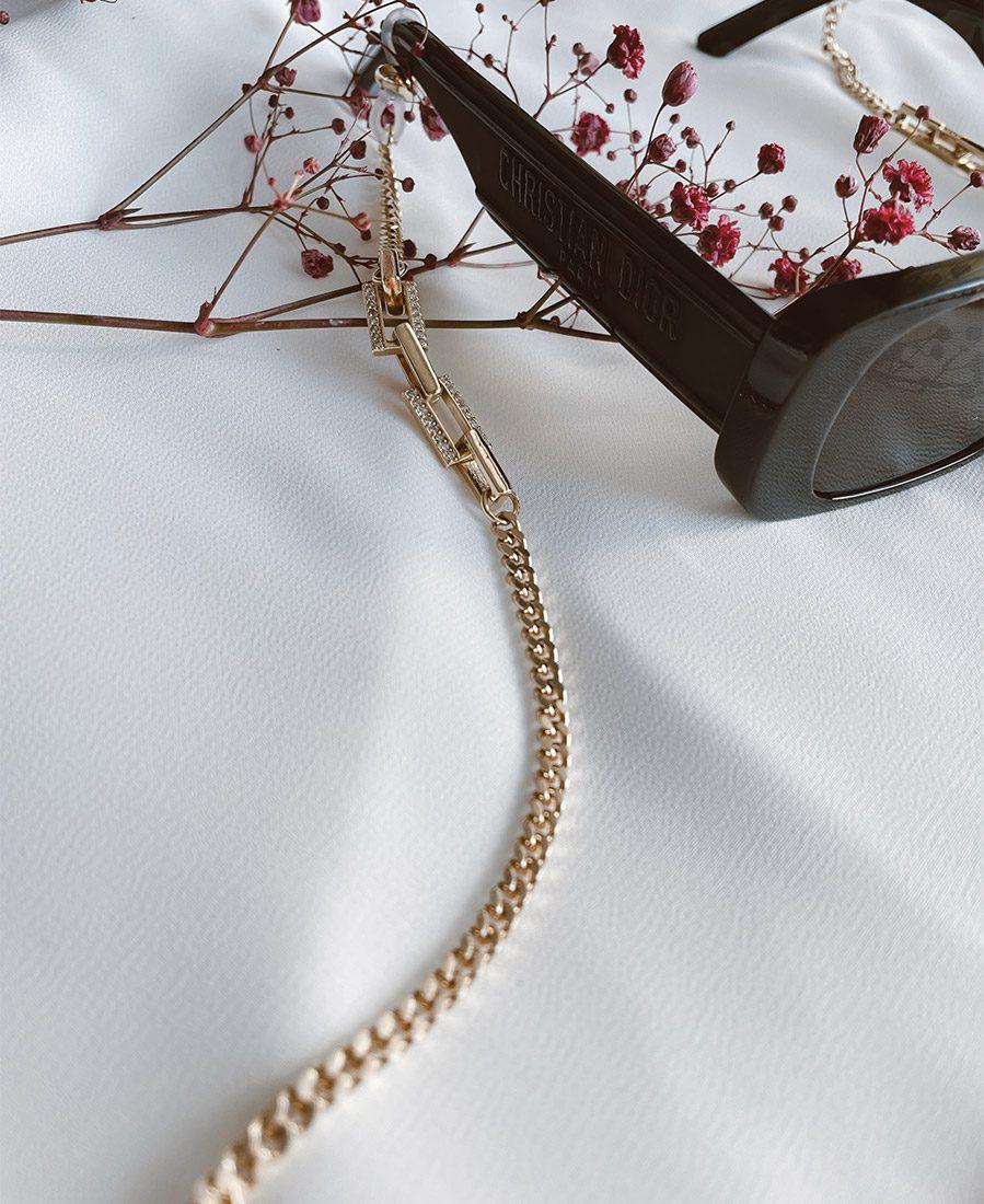 שרשרת משקפיים אלודי מורכבת משרשרת בציפוי זהב