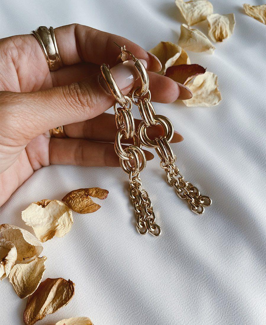 """עגילי קלואה מצופים זהב באורך 8 ס""""מ"""